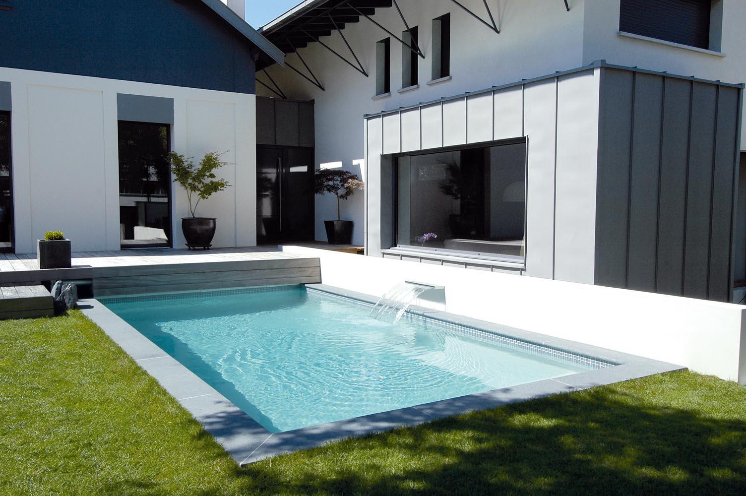 portfolio de piscines diffazur par dix sept imagesb n dicte favarel photographe d 39 architecture. Black Bedroom Furniture Sets. Home Design Ideas